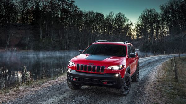 The 2019 Jeep Cherokee might just be the next great mid-size overland rig